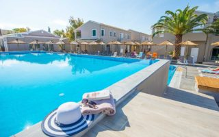 Hotel Amour Holiday Resort – adults only