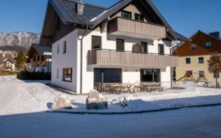 Chalet-appartement With Guts Living – 16 personen